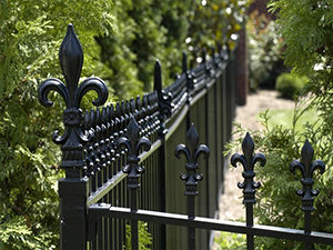 fence-feature